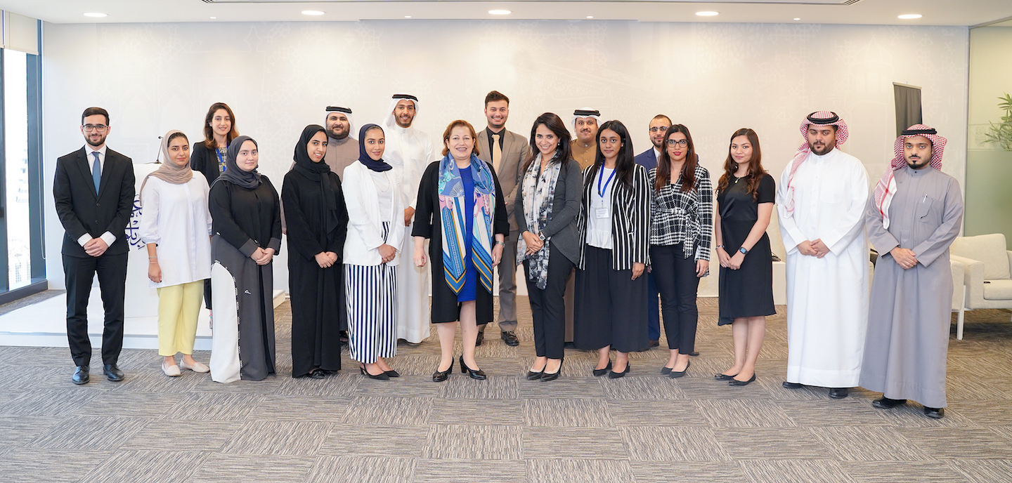 HE Suha Al-Far, Ambassador of the Arab Republic of Egypt to the Kingdom of Bahrain meets with participants in the Junior Diplomats Program (JDP)